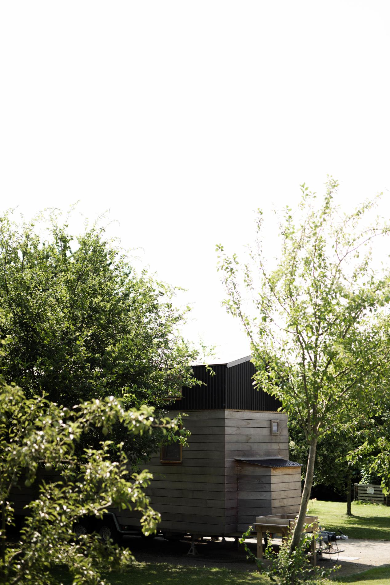 Tiny House installée dans un verger